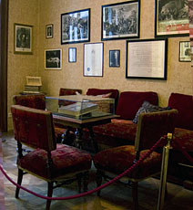 Waiting Room, Frued's office, Vienna Austria