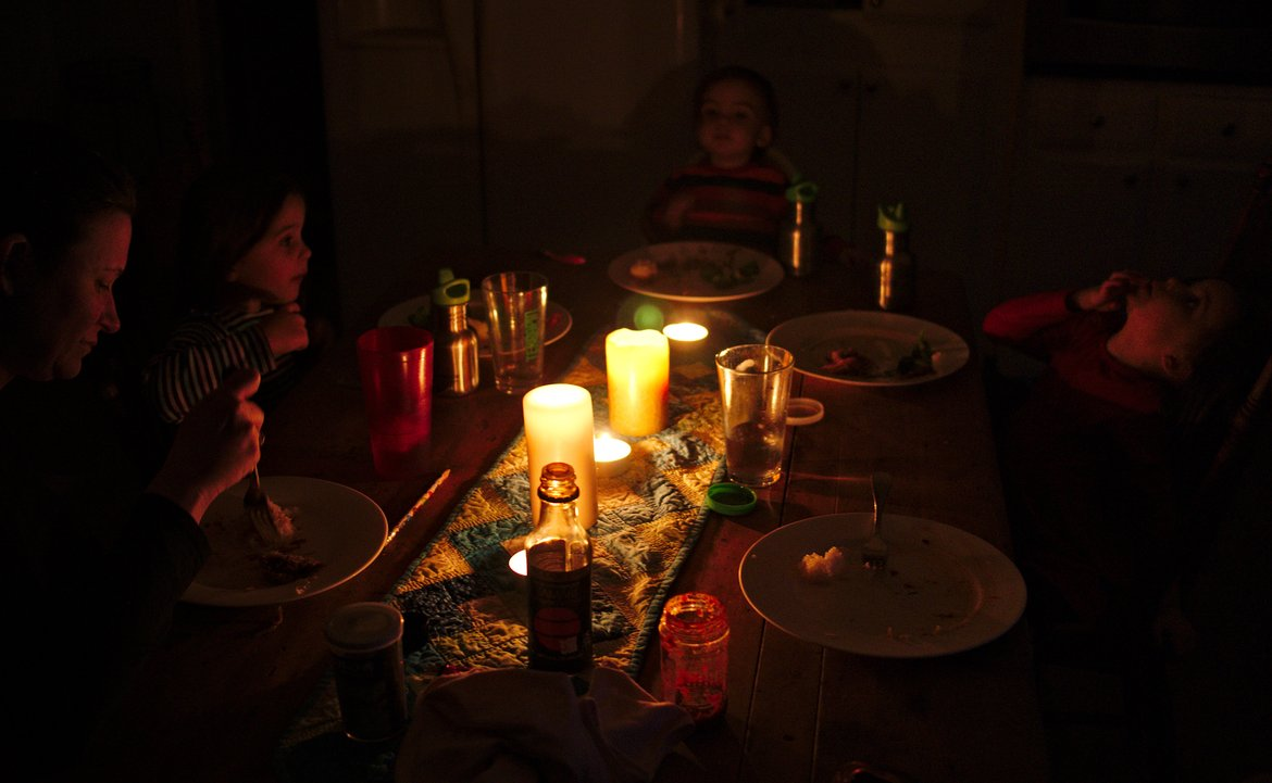 candlelight dinner Alban Arthuan photographed by luxagraf