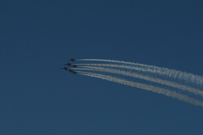 Blue angles practicing photographed by luxagraf