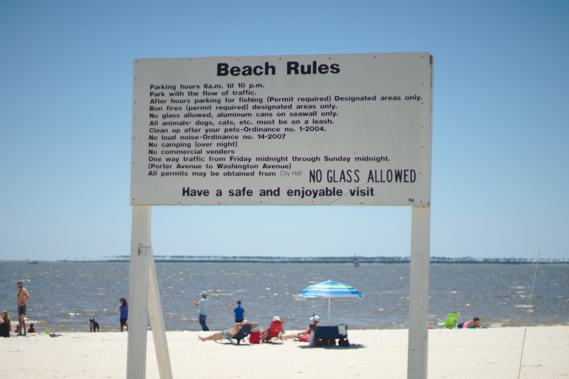 rules, ocean springs, ms photographed by luxagraf