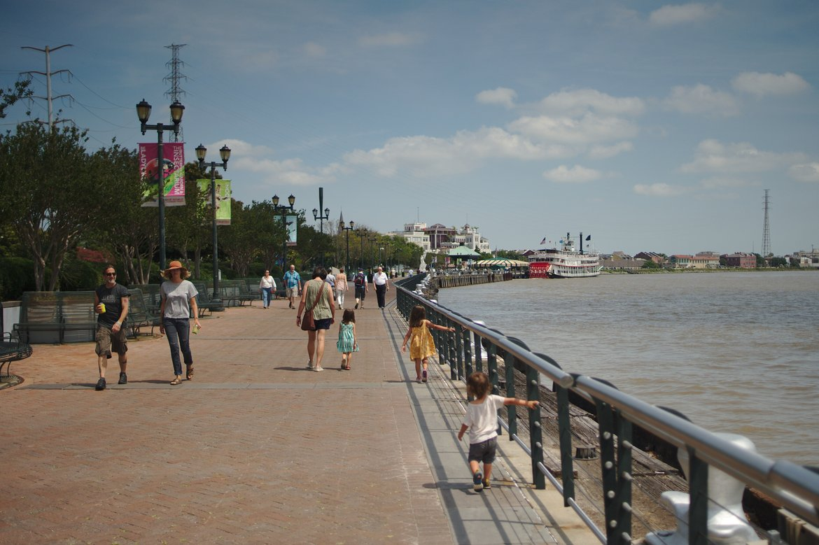 river front, new orleans photographed by luxagraf