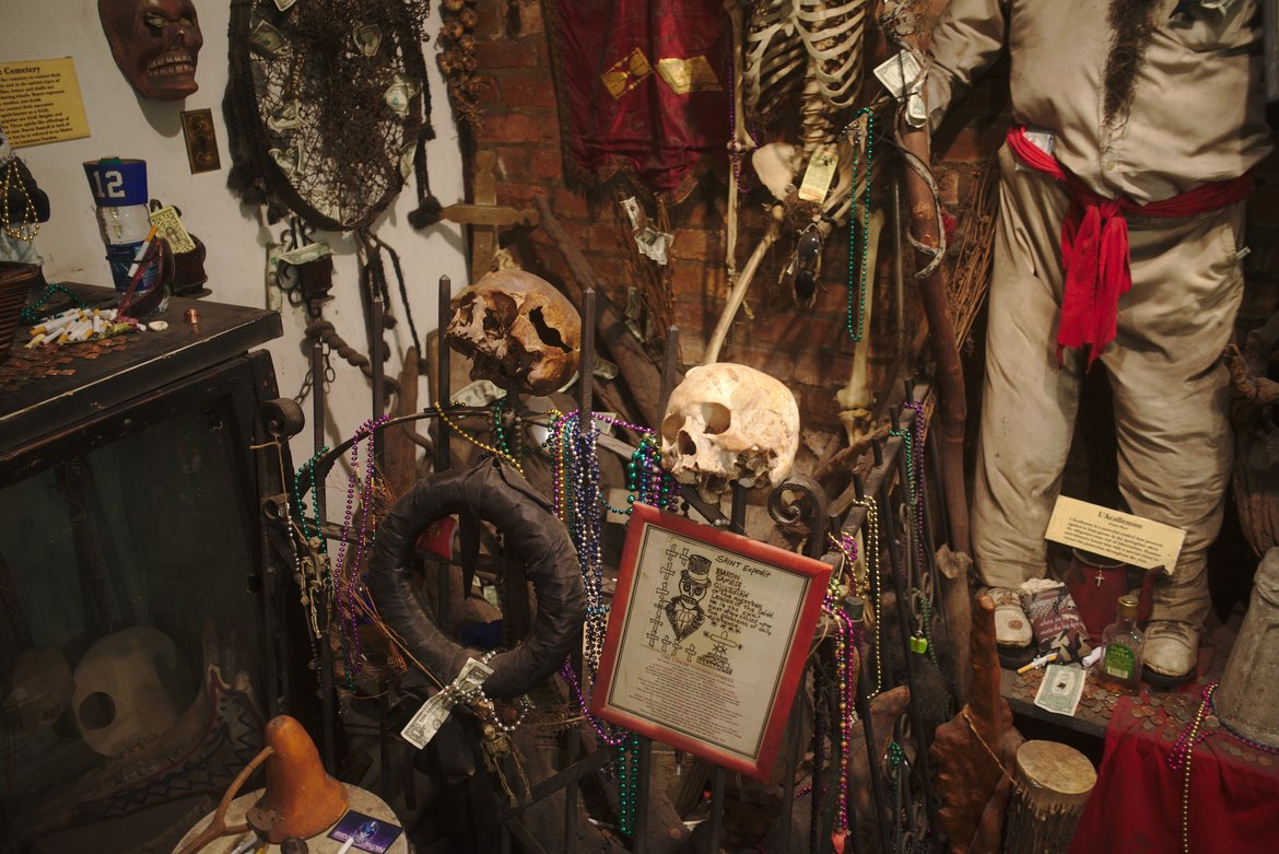 Voodoo shrines photographed by luxagraf