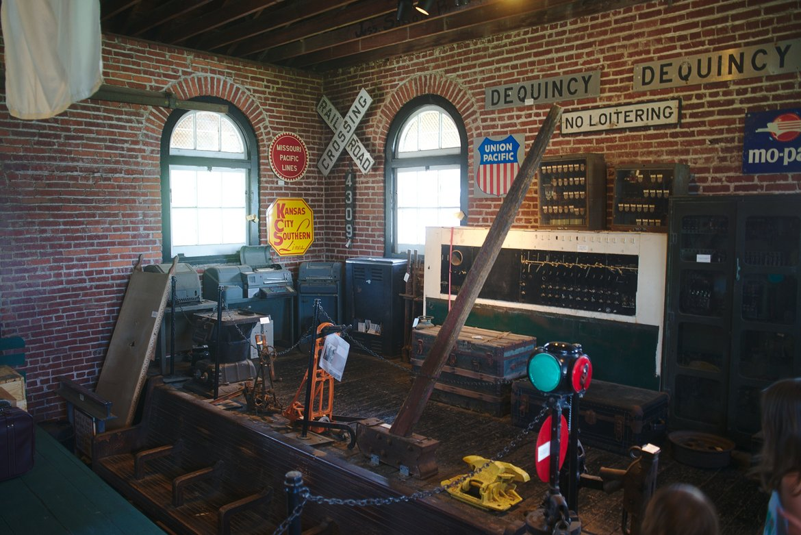 train museum dequincy louisana photographed by luxagraf