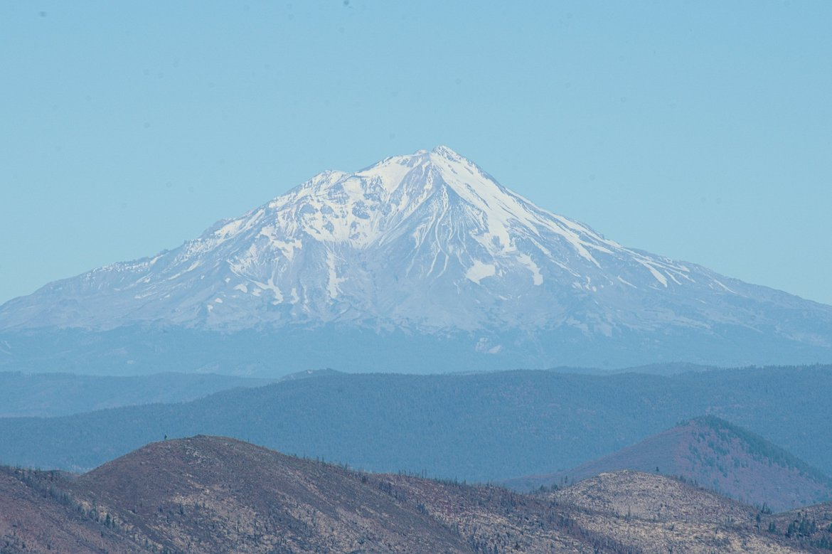 mount shasta photographed by luxagraf