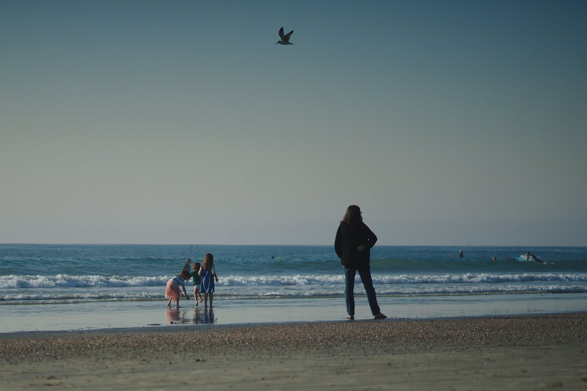 the beach off blackie's photographed by luxagraf