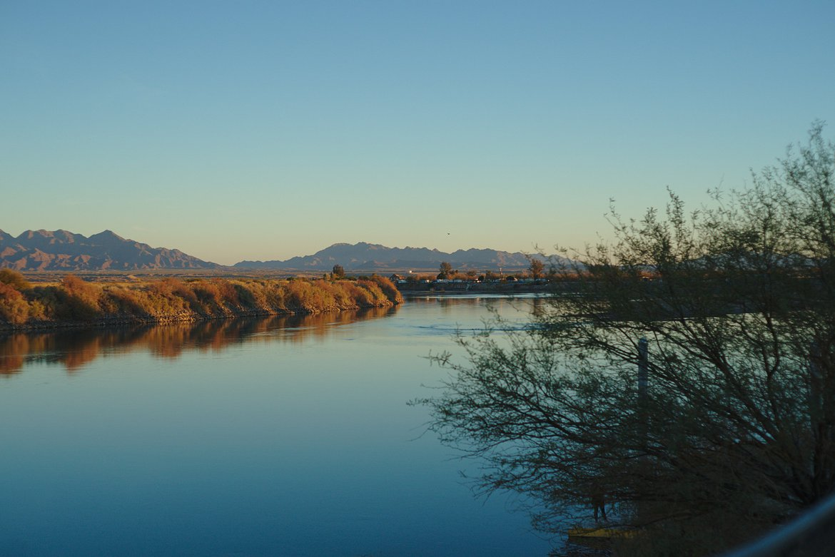 Colorado River photographed by luxagraf