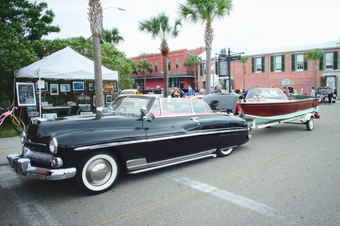 Classic car and boat show, Apalachicola, FL photographed by luxagraf
