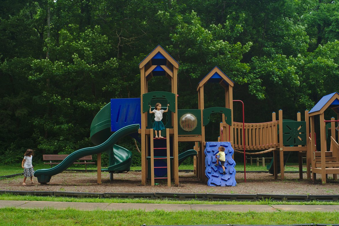 Playground, mousetail landings, TN photographed by luxagraf