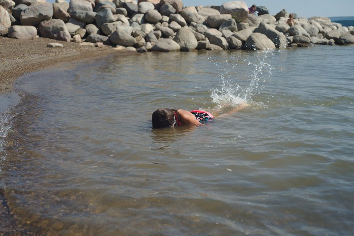 swimming in the missouri river, SD photographed by luxagraf