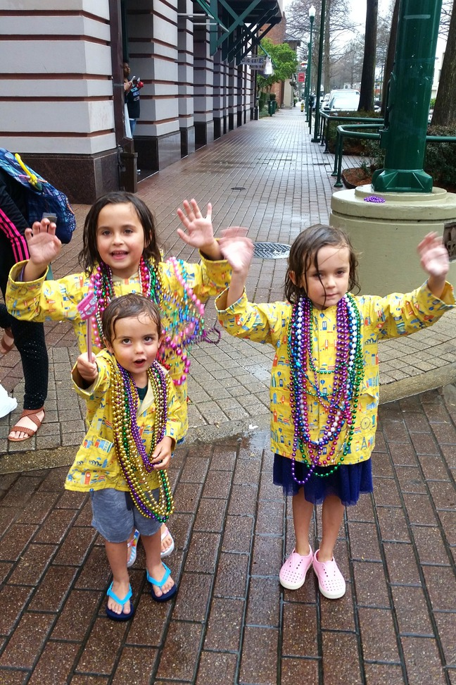 mardi gras children's parade lafayette, la photographed by Corrinne Gilbertson