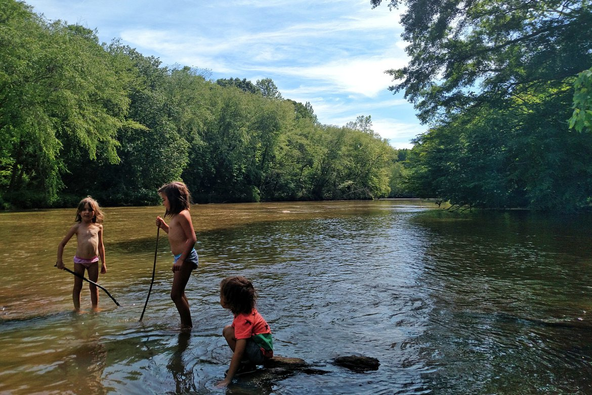 Playing in the river, Athens, GA photographed by luxagraf