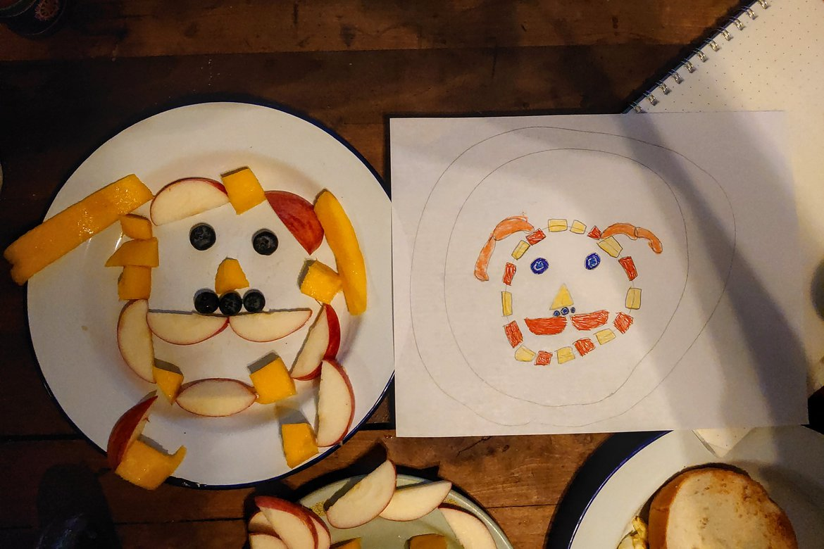 bunny face fruit plate photographed by luxagraf